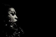 Foto- Arô Ribeiro -3315 - Cantora Maria Alcina (Arô Ribeiro) Tags: música mpb cantora mariaalcina brasil show pinxiguinha pb blackwhitephotos photography laphotographie jazz arôribeiro nikond7000 thebestofnikon nikon blackandwhite bw