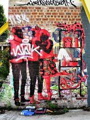 Lolo / Bruxelles - 21 jul 2017 (Ferdinand 'Ferre' Feys) Tags: bxl brussels bruxelles brussel belgium belgique belgië streetart artdelarue graffitiart graffiti graff urbanart urbanarte arteurbano ferdinandfeys tapasteam lolo