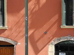 wall with shadows (Hayashina) Tags: italia verona italy wall shadow