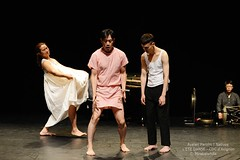 d'Ayelen Parolin  DSC_9365Mirabelwhite (Mirabelwhite) Tags: danse danseur piano coree argentine cdc avignon festivaldavignon nativos ayelenparolin lete davignon mirabelwhite