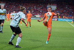 17240647 (roel.ubels) Tags: voetbal vrouwenvoetbal soccer europese kampioenschappen european championships sport topsport 2017 tilburg uefa nederland holland oranje belgië belgium