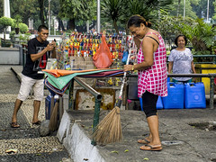 Sweeping (Beegee49) Tags: street sweeping filipina vendor stall people bacolod city philippines