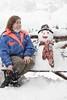 Mi amigo nuevo y yo [explored] (Letua) Tags: 7dwf autorretrato banco bench blanco crazytuesdaytheme muñecodenieve nieve selfportrait snow snowman white yo