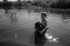Scan-170729-0007 (Oleg Green (lost)) Tags: summer river province country vacations kid dog water voigtlander sskopar 4025 bessat fomapan 400 rodinal unedited bw film 35mm rangefinder