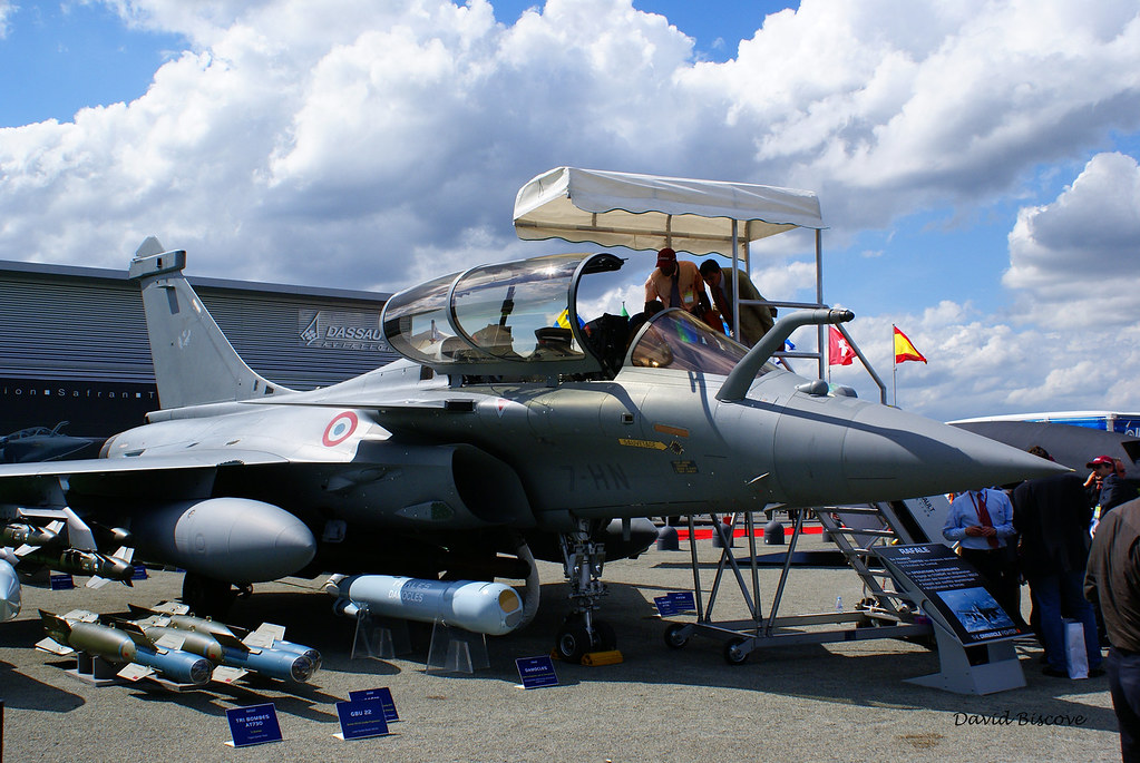 The world 39 s best photos of aviation and bourget flickr - Salon aviation bourget ...