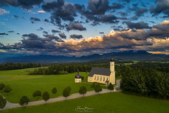Wilparting aus der Luft (F!o) Tags: drohne drone phantom phantom4 phantom4pro wilparting irschenberg bayern bavaria alpen sonnenuntergang sunset sunrise wolken clouds alps mountains sky luftbild aerial kirche church kapelle chapel ngc