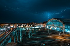 Storm Bordeaux Saint Jean 2 (jubu photographie) Tags: street storm blue landscapes city cityscape bordeaux cloud sky canon 5dmk4 163528
