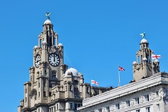 IMG_1163 (Gussyfinknottle) Tags: liverbuilding cunardbuilding threegraces pierhead liverpool merseyside bluesky flags worldheritagesite architecture summer city