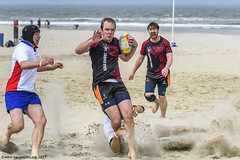H6G64108 Ameland Invites v Baba Bandits (KevinScott.Org) Tags: kevinscottorg kevinscott rugby rc rfc beachrugby ameland abrf17 2017 vets veterans netherlands