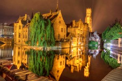 Bruges Corner 1 (ct_purley) Tags: belgium bruges weekend away canon 5d mark iv l series hdr canal infokantoor t zand bend tourist night time nighttime
