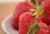 Strawberries on a plate (Marilely) Tags: strawberries erdbeeren rot red fruits früchte