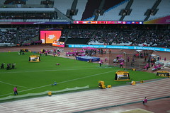 Clearing 1.86m - Sam Grewe T42 Men's High Jump (h_savill) Tags: london 2017 world para athletics championship stratford july stadium competition compete athelete atheletics disability spectator aport track field seat crowd olympic park samgrewe t42 mens highjump leg amputee