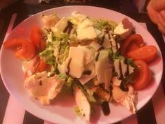 Restaurant Pizzeria by Pirlouiiiit 28062017 (Pirlouiiiit - Concertandco.com) Tags: 28062017 marseille 2017 food restaurantpizzeria restaurantfood salade restaurant diner pirlouiiiit vieuxport