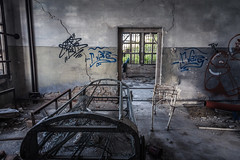 IMG_1687 (The Dying Light) Tags: hauntedisland povegliaisland urbanexplorationphotography urbanexploration urbanexploring 2017 abandoned asylum canon decay horror hospital italy poveglia urbex venice