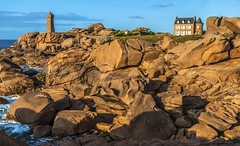 Ploumanac'h. (roberrodriguez1) Tags: costa granito rosa bretaña francia france mar rocas agua ataerdecer sunset sea rocks brittany flickrtravelaward supershot
