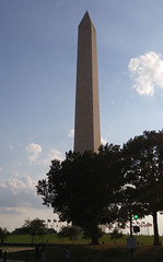 DC Washington Monument 20170618_184542 (CanadaGood) Tags: usa america dc washington districtofcolumbia afternoon monument cameraphone 2017 thisdecade canadagood colour color green blue tree