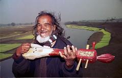 folk singer (bimboo.babul) Tags: folkfolksinger people cultur music villagelife bangladesh