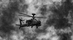 WAH-64D Apache, Army Air Corps (Aleem Yousaf) Tags: boeing apache armyaircorps mock attack monochrome wah64d royal international air tattoo plane spotting airshow fairford swindon military riat2017 gloucestershire aviation photography
