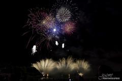 DSC_0946 (Jérémy Photo) Tags: hautdefrance cambresis caudry night noir obscur feux dartifice 14 juillet couleur petard france
