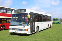 White Bus Services DAF. (steve vallance coach and bus) Tags: s158jua dafde02 optare whitebusservices winkfield southeastbusfestival detling