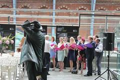 IMG_1767-1 (Brian_Fichardo) Tags: brianfichardo london st pancras wedding choir