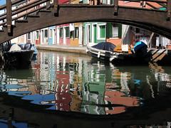 Watercolors (Shahrazad26) Tags: venetië venice venezia venedig italië italy italien italia burano colors couleurs farben colours kleuren reflectie reflection weerspiegeling brug bridge brücke pont ponte