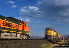 A Meet at Pipemill (jamesbelmont) Tags: bnsf unionpacific c449w ge emd dda40x vineyard utah train locomotive railroad railway