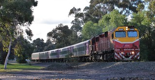 N469 rolls the Melbourne bound Swan Hill service past Lake Weeroona