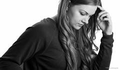 Seitenprofil (oleschmidtfotografie) Tags: beautiful white woman women bw germany faces model portraiture portrait background photo fashion looking thinking black camera foreground photography fotografie foto pose positioning