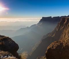 Morning Rays (brettstevensphoto) Tags: brettstevens brettstevensphotography drakensberg sentinelpeak landscape amazinglandscapes southafrica mountain mountains rays sunrays sun beautiful rocky rocks clouds cloud