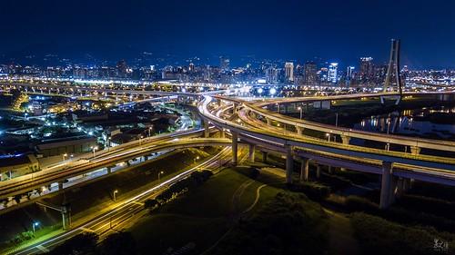 新北大橋 & 64快速道路