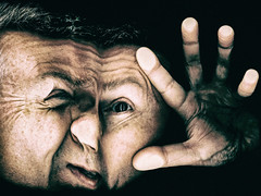 Scan head (glukorizon) Tags: 52weeksof2017 colourchange distorted drukken hand head hoofd kleurverandering luc odc odc1 ourdailychallenge pressed pressing pushing scanner selfie singlelightsource vervormd zelfportret