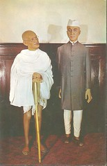 It waxeth Gandhi and Nehru. (912greens) Tags: wax waxfigures museums gandhi nehru tussauds niagarafalls canada postcards weird