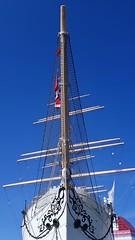 Ship ahoy (blondinrikard) Tags: barkenviking lillabommen göteborg bark sailship bow bog