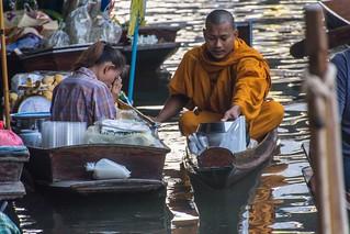 marche fottant damnoen saduak - thailande 17