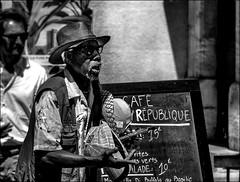 19€90... (vedebe) Tags: humain people rue urbain street ville city noiretblanc netb nb bw monochrome portraits portrait