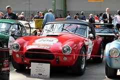 #209 Shelby Cobra 289 1964 (seb !!!) Tags: rouge red rosso rojo vermelho rot toit roof dach techo tetto telhado noir nero negro schwartz black preto 2017 auto automobile automovel automovil automobil roadster spider spyder hard top canon 1100d cars course sportive anciennes ancienne old oldtimers paris populaire seb france voiture wagen car tour optic 2000 grand palais american america americaine amerique usa us united state race racing competition photo picture foto image bild imagen imagem classique classic klassic dgw 302b