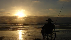 Being at Peace (Rand Luv'n Life) Tags: odc our daily challenge peace sunset mission beach san diego california golden rays waves silhouette selfie self timer sitting chair watching days end oceans edge fishing exultation