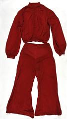 Anglų lietuvių žodynas. Žodis lounging pyjama reiškia pėsčiomis pėsčiomis lietuviškai.