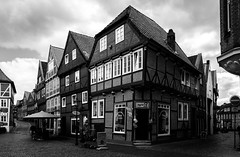 Once upon a time... (dlerps) Tags: altesland daniellerps deutschland europe germany hamburg lerps lowersaxony niedersachsen norddeutschland northerngermany sigma sony sonyalpha sonyalphaa77 lerpsphotography houses house building buildings urban city town old altstadt oldtown bw blackwhite stade monochrome wideangle