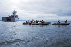 170719-N-ON977-0033 (U.S. Pacific Fleet) Tags: eod eodmu5 jmsdf rok diving japan mcm ctf75 fccp mc2alfredcoffield mutsubay jp