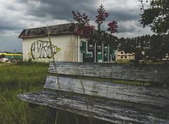 What's Left (cwhitted) Tags: abandoned canon canoneos7dmarkii eos canonefs1855mmisstm urbandecay urbex familyinnmotel familyinnofamerica decay forgotten graffiti bench rowland northcarolina unitedstates us robesoncounty