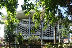 Gedung BI Lama (Ya, saya inBaliTimur (using album)) Tags: building gedung architecture arsitektur office kantor denpasar bali