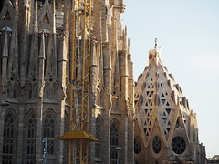 Sagrada Família (tgrauros) Tags: sagradafamília templeexpiatoridelasagradafamília barcelona catalunya arquitectura basílica church catalonia cataluña katalonia katalonien katalonija katalánsko catalogne catalogna architecture