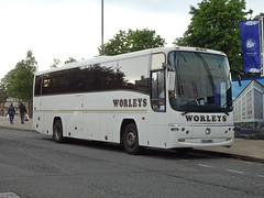 Worleys SUI8196 Derby (Guy Arab UF) Tags: worleys sui8196 volvo b12m plaxton paragon coach derby buses daishs yn03wxt tm travel