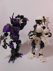 Crush Pursuer (TheHunBear) Tags: toy toys lego bionicle ccbs moc custom robo robot