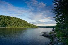 Lac Blanc, St-Ubalde, Québec (M. Carpentier) Tags: lac lake lacblanc paix paisible tranquillité montains peace montagnes tranquility vacances holidays cottage chalet viedechalet québec