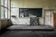 School`s out! (michael_hamburg69) Tags: lostplace offthemap abandonedplace urbanexploration urbex phototourmit3daybeard3tagebart verfall decay beautyofdecay klassenzimmer tafel classroom chalkboard kulturhaus