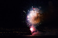IMG_3179-1 (langdon10) Tags: canada canon70d quebec stlawrenceriver fireworks
