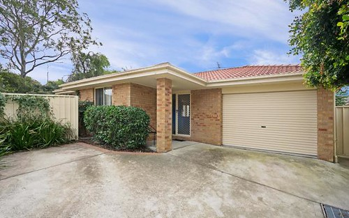 2/89 Clayton Crescent, Rutherford NSW